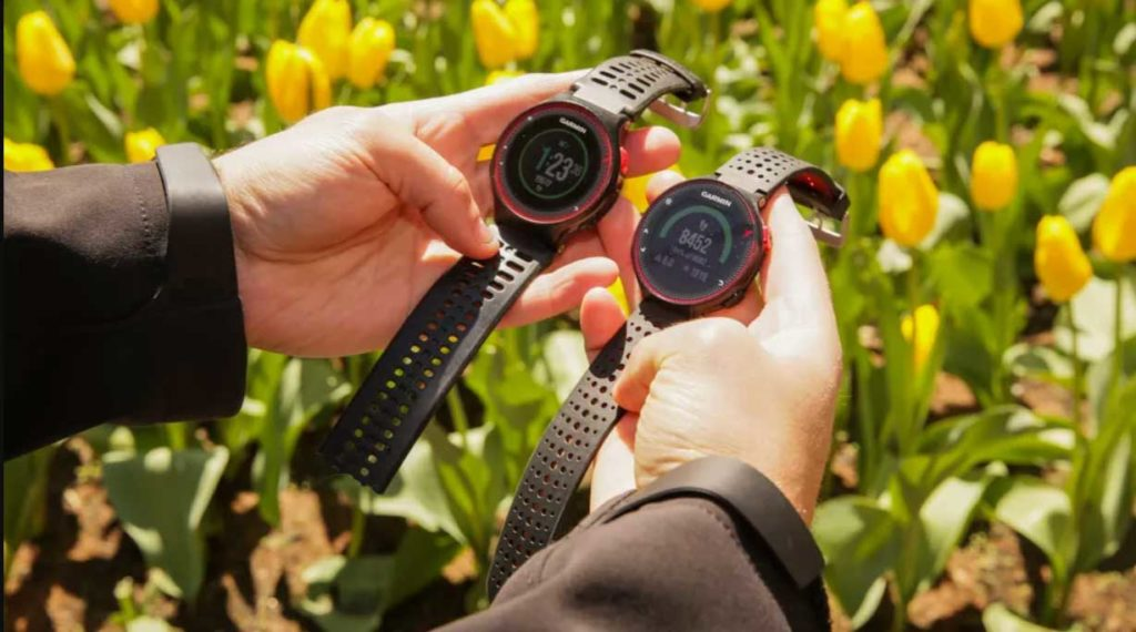 compare garmin smartwatchs